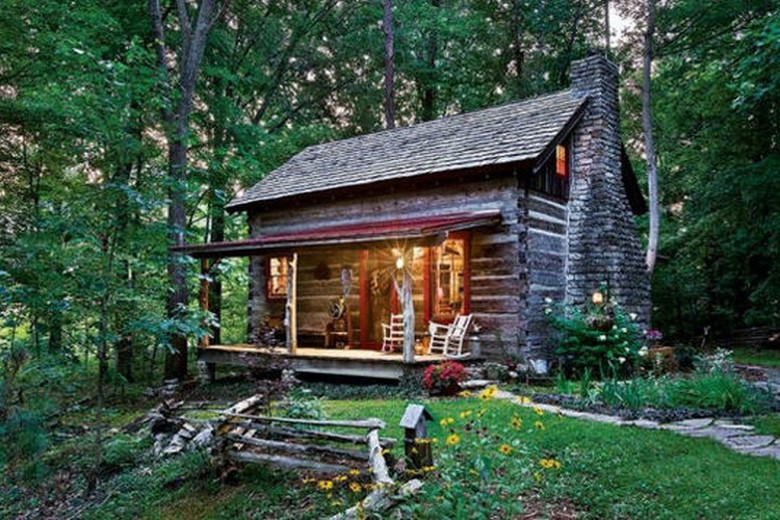 A Little Cabin within the Woods is All We Want (28 Pictures)